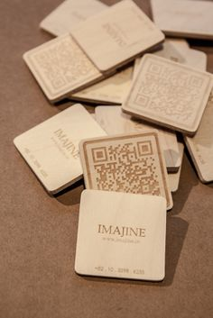 IMAJINE plywood businnes cards