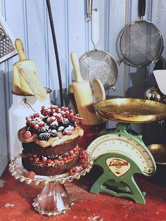 Suklaakakku mascarponetäytteellä