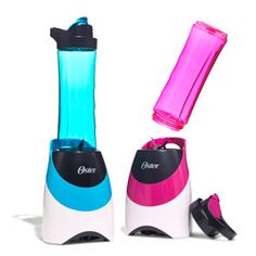 These sleek blenders let you make your favorite healthy concoctions—and transport them—in one smoothie move.I must get one! College Apartments, College Room, College Hacks, Dorm Room, Oster Blender, Just Do It, Let It Be, Be My Hero, Fitness Stores