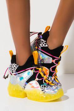 Yellow Sneakers, New Sneakers, Wedge Sneakers, Platform Sneakers, Sneakers Fashion, Fashion Shoes, All Fashion, Platform Wedge, Trending Fashion