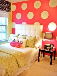Quilt a headboard and nail to the (accent) wall and keep the bed sideways (couch-like) and lose the bedding, and this could be an idea. I love the orange polka dots. What you say, but in black and gray and red for me the dot, little girls, teen bedrooms, polka dots, teen rooms, girl bedrooms, little girl rooms, accent walls, bedroom designs