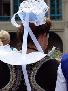 Costume bretonne | Flickr - Photo Sharing!