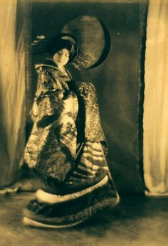 """Ruth St. Denis in """"The Courtesan from Omika"""", 1913 Photographer: Adolph de Meyer"""