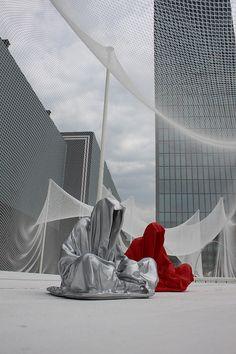 Manfred Kielnhofer's Guardian of Time sculpture.