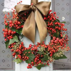 In all my (two) years of posting about Christmas wreaths, I don't think I've ever stumbled across anything as unashamedly romantic and pretty as this antique garden rose and rose hip wreath (from £90) by The Real Flower Company. I also love the festive simplicity of this rose hip and ivy wreath. The last delivery …