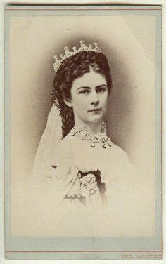 Elisabeth, Empress of Austria and Queen of Hungary by Emil Rabending albumen carte-de-visite, 1867 NPG x5815 © National Portrait Gallery, London