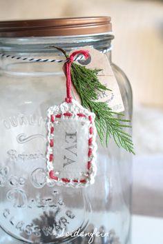 seidenfeins Blog vom schönen Landleben: 8. kleine Häkelanhänger * small crochet tags for christmas