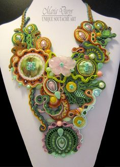 "Girocollo ""Eden"" by Maria Durys www.it Soutache Jewelry, Shibori, Brooch, Instagram, Etsy, Vintage, Agate, Inspiration, Amethyst"