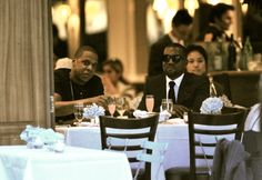 Peep Hip-Hop heavyweights Kanye West and Jay-Z catching up over dinner at Italian restaurant Nello's in New York last night (July More pics Michael Jackson, Jay Z Kanye West, Hot Shots, Rap Music, Soul Music, Mans World, My Tumblr, My People, Style