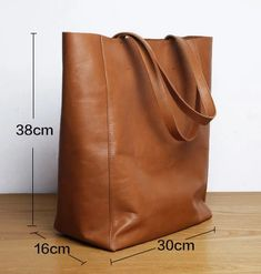 Leather Tote Bags, Chic Handbags For Women – EchoPurse – Purses And Handbags Crossbody Luxury Handbags, Fashion Handbags, Purses And Handbags, Cheap Handbags, Luxury Purses, Travel Handbags, Luxury Bags, Spring Handbags, Travel Bags