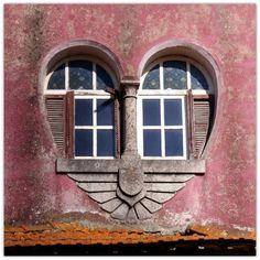 Portugal - heart-shaped window