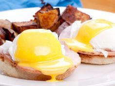 From classic versions of this tempting brunch staple to playful renditions, here are the best Eggs Benedict dishes in Vancouver. Brunch, Vancouver, Muffin, Treats, Dishes, Dining, Breakfast, Recipes, Food