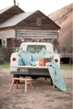 When I have a venue, I'd like to have an old truck and set it up like this for events. It would be fun for photos, but also for the campfire
