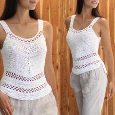 Débardeurs Au Crochet, Crochet Tank, Crochet Blouse, Crochet Pattern, Knit Fashion, Fashion Wear, Crop Top Pattern, Festival Tops, Trendy Tops