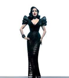 Burlesque dancer Dita Von Teese wore a unique creation made by Francis Bitonti Studio. Designers Michael Schmidt and Shapeways designed this 3D-printed dress with nearly 3000 unique articulated joints and adorned with over 12,000 Swarovski crystals.