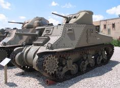 Its the Lee & Grant in from Takom after all. M3 Lee, The Modelling News, Tank Armor, Armored Fighting Vehicle, Ww2 Tanks, Military Diorama, World Of Tanks, Battle Tank, Military Equipment