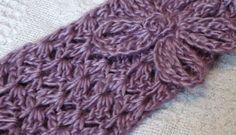 FREE Crochet Pattern - Cluster Headband with Daisy Crochet Adult Hat, Crochet Yarn, Free Crochet, Crochet Classes, Learn To Crochet, Crochet Headband Pattern, Crochet Patterns, Crochet Ideas, How To Make Headbands
