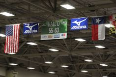 #6 Look! up there! our favorite flags! #USA  #MIZUNO #TEXAS #youcouldwin