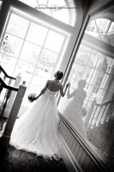 pretty black and white bridal photo- On the way to the ceremony
