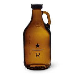 A glass growler for filling and enjoying Starbucks Reserve cold-brewed coffee. Fill and refill this reusable glass growler with cold-brewed coffee.