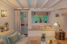 Cottage Living Rooms, Cottage Lounge, Cozy Living, Cottage Homes, English Cottage Interiors, Cosy Room, Modern Cottage, French Cottage, Cottage Renovation
