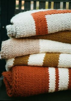hand-knit bulky blankets