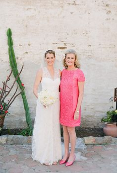 Here's a list of beautiful gowns that every mother of the bride would love to walk down the aisle in. Look at the ideas below to find… Flattering Wedding Dress, Wedding Dress Styles, Mob Dresses, Bridesmaid Dresses, Bride Dresses, Bridesmaids, Vestidos Mob, Mother Of The Bride Hair, Mothers Dresses