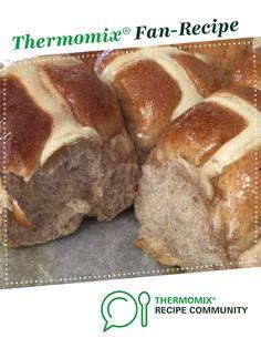 Hot Cross Buns – Thermomumma by _b_e_v_. A Thermomix ®️️ recipe in the cate… Hot Cross Buns – Thermomumma by _b_e_v_. A Thermomix ®️️ recipe in the category Baking – sweet on www.recipecommuni…, the Thermomix ®️️ Community. Pain Thermomix, Thermomix Bread, Gourmet Recipes, Sweet Recipes, Cooking Recipes, Lunch Box Recipes, Recipes Dinner, Nectarine Recipes, Fiestas