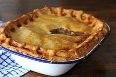 Beef and Guinness Pie recipe brings together two of Ireland& most famous products, Irish beef and Guinness.for a traditional and hearty pie. Beef And Ale Pie, Beef And Guinness Pie, Guinness Pies, Guinness Recipes, Beef And Mushroom Pie, Irish Recipes, Pie Recipes, Cooking Recipes, English Recipes