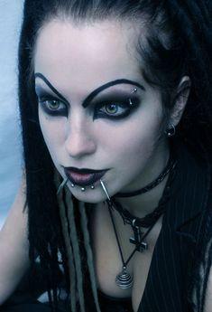 """~Goth Girl † V""""""""""""""""V"""