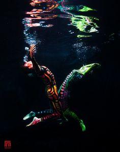 Underwater session in Black Light | Photo by: Rafal Makiela - Gulf ...
