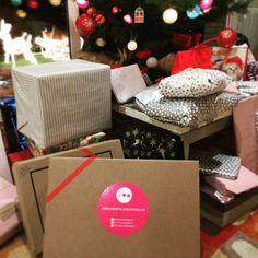 💖 Regalos que eNaMoRaN 💖 ¡Feliz Navidad bombones! 💋 www.poramoralshopping.es 🎁 #feliznavidad #navidad2016 #ideasregalo #ropasegundamanoonline #tiendaonline #ropasegundamanoespaña #ropasegundamanobarcelona #ropacasinueva #ropacomonueva #poramoralshopping