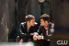 """The Originals -- """"From a Cradle to a Grave"""" -- Image Number: OR122b_0024.jpg -- Pictured (L-R): Joseph Morgan as Klaus and Daniel Gillies as Elijah -- Photo: Annette Brown/The CW -- © 2014 The CW Network, LLC. All rights reserved."""