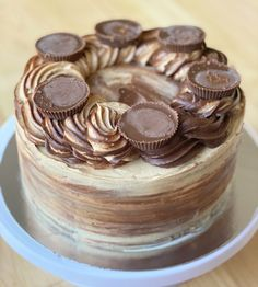 Chocolate + Peanut Butter Cake Cheesecake Recipes, Dessert Recipes, Desserts, Peanutbutter Cake Recipe, Mayonaise Cake, Cake Trends, Bakery Cafe, Pie Cake, Food Cravings