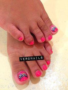Veronails : Red with Freehand Polka Dot Nail Art Pedi