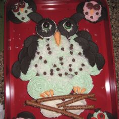 My daughters first birthday cake....owl style!!!!