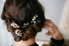 Wedding Hairstyles Image Description Sweet soft rolled up do. Easy for shorter hair lengths Messy Hairstyles, Pretty Hairstyles, Wedding Hairstyles, Wedding Hair And Makeup, Bridal Hair, Hair Makeup, Good Hair Day, Hair Dos, Her Hair