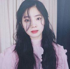 twice : kim dahyun 🥢 Twice Jihyo, Twice Once, Twice Dahyun, Twice Kpop, Soyeon, Girl Bands, The Most Beautiful Girl, Girl Day, Dance The Night Away