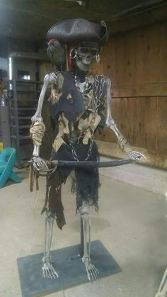 Pirate skeleton by Jeffrey Roberts Pirate Halloween Decorations, Pirate Halloween Party, Halloween Ii, Halloween Skeletons, Outdoor Halloween, Halloween Themes, Halloween Crafts, Pirate Crafts, Skeleton Decorations