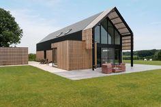 Volledige transformatie van hoeve tot droomhuis. Binnen en buitenverbouwing, gemaakt met duurzame materialen.