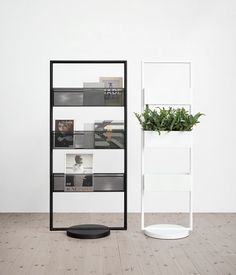 Office furniture: not the most appealing vorm of interior design. Lammhults makes the difference though, with their minimal office space. Interior Design, Furniture, Furnishings, Interior, Space Dividers, Retail Design, Shelving, Home Decor, Office Design