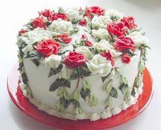 Rose garden cake decorations @veronicalewi