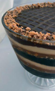 Frozen Fudgy Caramel Extreme Trifle : pastryschooldiaries