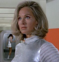Wanda Ventham, Ufo Tv Series, Fantasy Comics, Female Supremacy, Vintage Tv, Dr Who, Science Fiction, Retro Fashion, Favorite Tv Shows