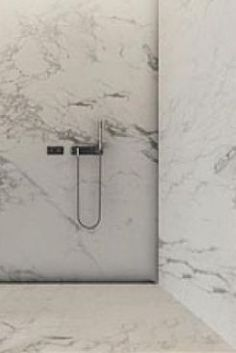 Marble shower, project by Tamizo architects _
