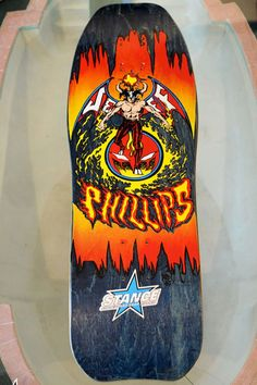Skateboards Vintage, Old School Skateboards, Skate Art, Skateboard Decks, Porsche Logo, Fig, Logos, Skateboarding, Devil