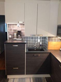 Puustelli kök / kitchen / keittiö Washroom, Other Rooms, Kitchen Design, Kitchen Cabinets, Home Decor, Decoration Home, Design Of Kitchen, Room Decor, Laundry Room