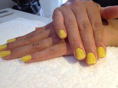 """Consejos de Belleza Lysam Nails Spa """"Si llevas las manos bonitas y los pies cuidados y arreglados, te sentirás más elegante. Es conveniente que te hagas la manicura y la pedicura semanalmente.   Citas al 717-7130"""