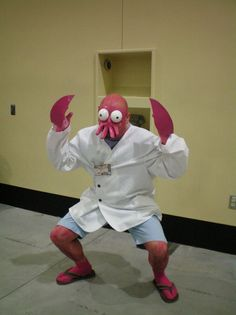 It's Zoidberg!!! Lol this makes me soooo happy! ( source : http://fav.me/d623nl2 / SakuraCon 2013 ) looks manageable