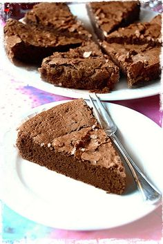"Coffe Chocolate ""Tenerina"" Cake -- (Use GF Flour or almond meal?) Desserts go go: tenerina Cake ""caffettina"" Bakery Recipes, Dessert Recipes, Cooking Recipes, Nutella Cookies, Cake Cookies, Gluten Free Desserts, Delicious Desserts, Brownie Cake, Almond Recipes"